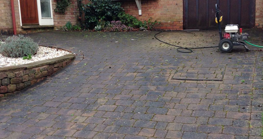 Cottage Gardens - Jet Washing